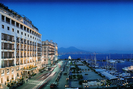Neapel, Grand Hotel Vesuvio